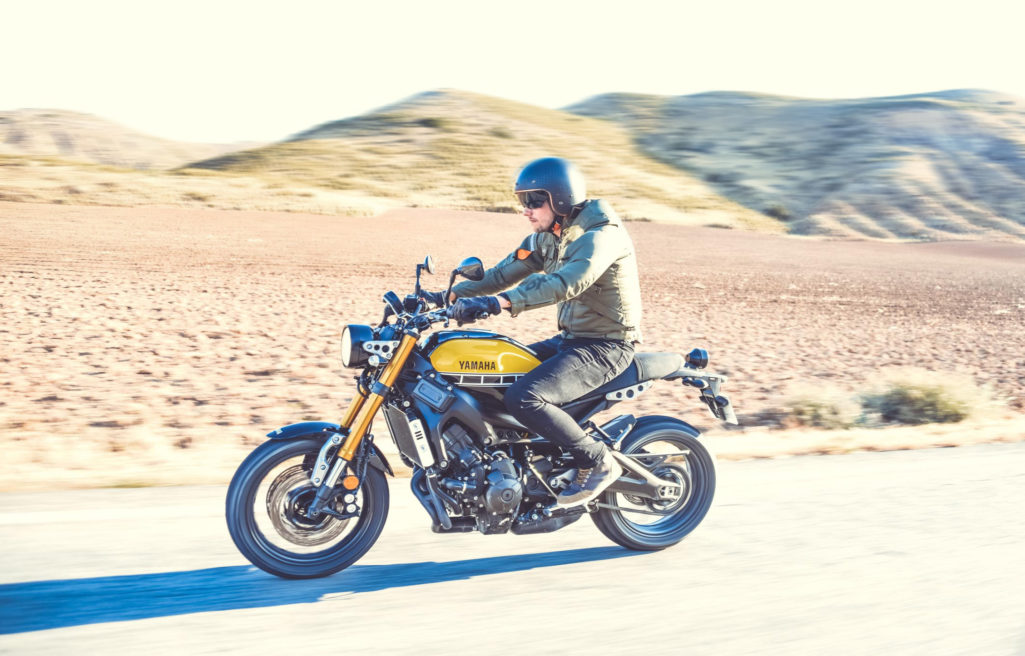 Yamaha & Motoblouz desert slide