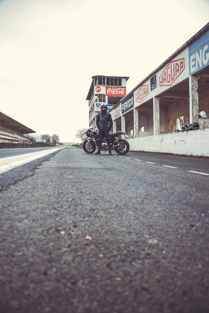 Triumph Thruxton 1200 R Laurent Scavone