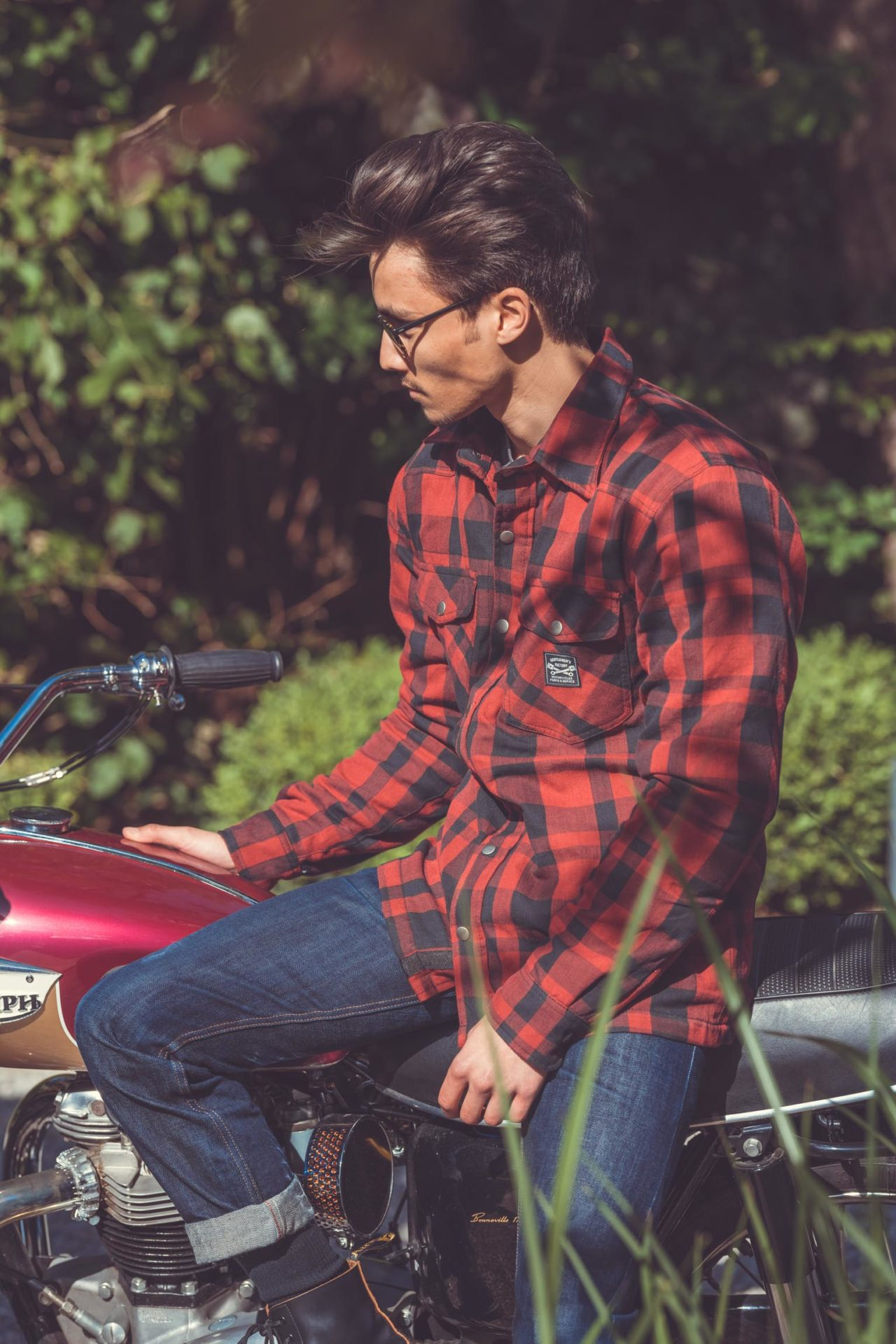 Laurent Scavone Photographe life style, streetwear, habillement et accessoires Moto