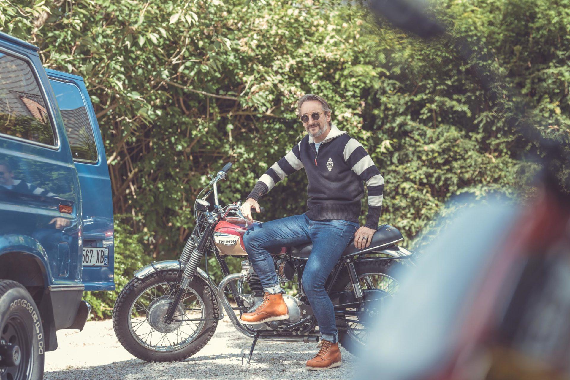 Garage Français photos moto, blouson en cuir, style vintage par Laurent Scavone